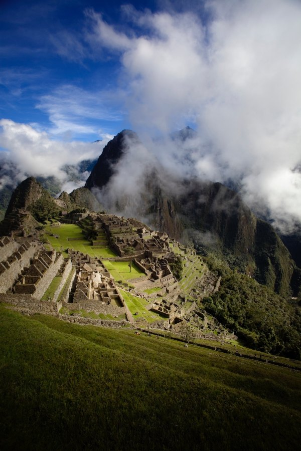 Machu Picchu in Peru by Amanda Kerr via unsplash