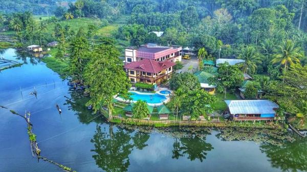 Sunrise Garden Lake Resort in Lake Sebu