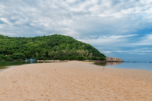 The Koh Man Islands photo by Jutta M. Jenning via Flickr CC