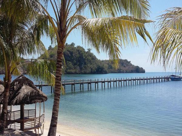 Cabaling Beach Resort in Guimaras