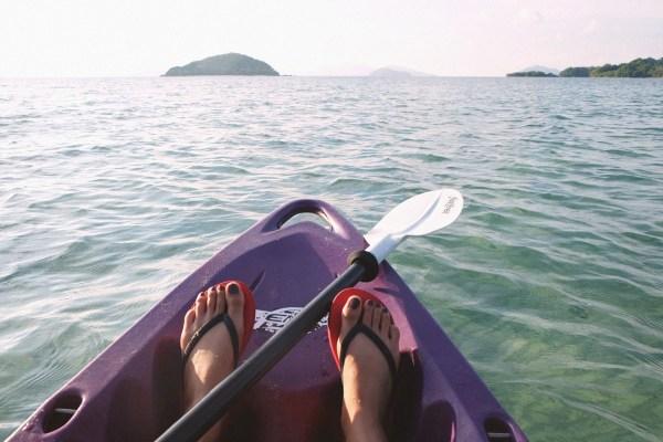 Flip flops on Kayak
