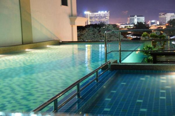 Swimming Pool at Kinta Riverfront Hotel and Suites