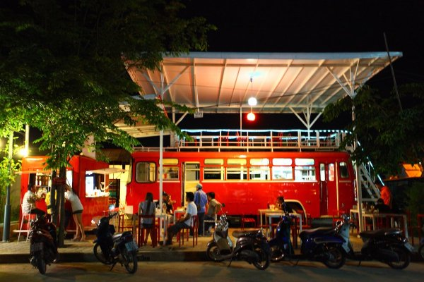 Bus Bar Chiang Mai photo via FB Page