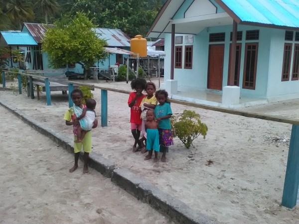 Kids in Raja Ampat, Indonesia