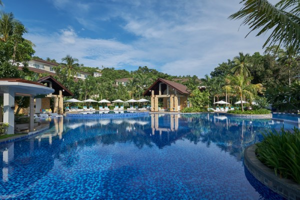 Movenpick Boracay Swimming pool