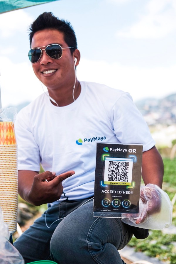 Strawberry Ice Cream Vendor using PayMaya QR