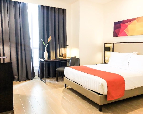 Executive Suites Lucky Chinatown Hotel