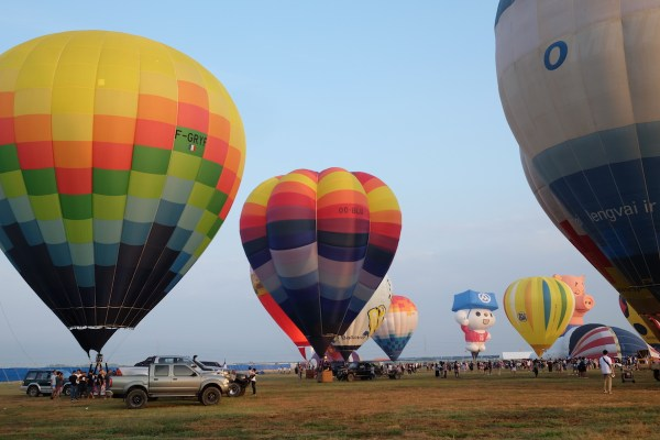 Hot air balloons were able to fly within Pradera Verde, which is a perfect box wind location. Photo by Ramir Cambiado
