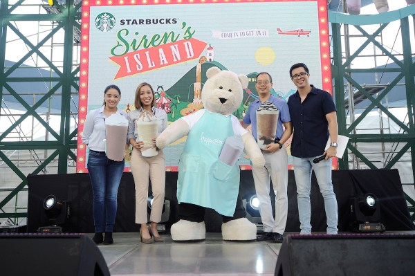 (L-R) JoAnn Ramos, marketing manager, Jamie Silva, category manager, Keith Cole, head of marketing, category and QA of Starbucks Philippines with the Starbucks Bearista Bear and Host Justin Quirino