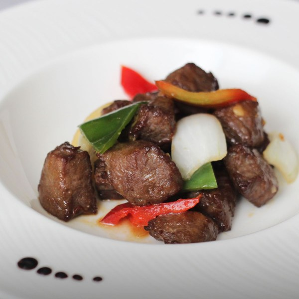 Sauteed Diced Beef Cubes with Barbequed Sauce