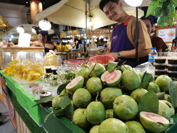 Fresh Fruits in IconSiam