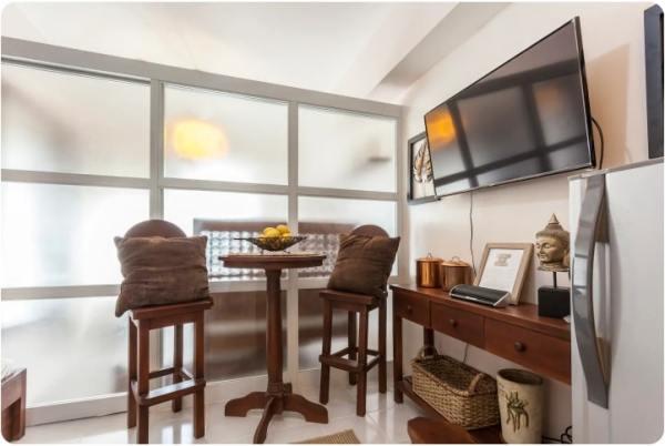 Modern Bahay Kubo with Taal views