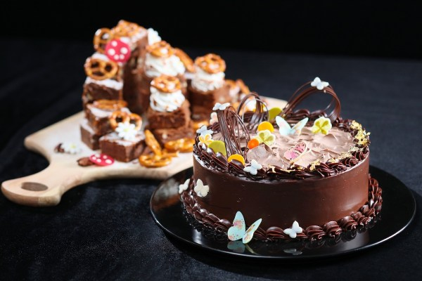 Handcrafted Desserts - Extravagant Beef Dinner Buffet
