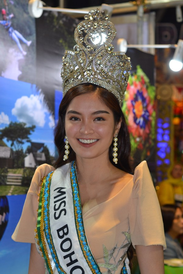 Miss Bohol promoting the tourism sector of the province