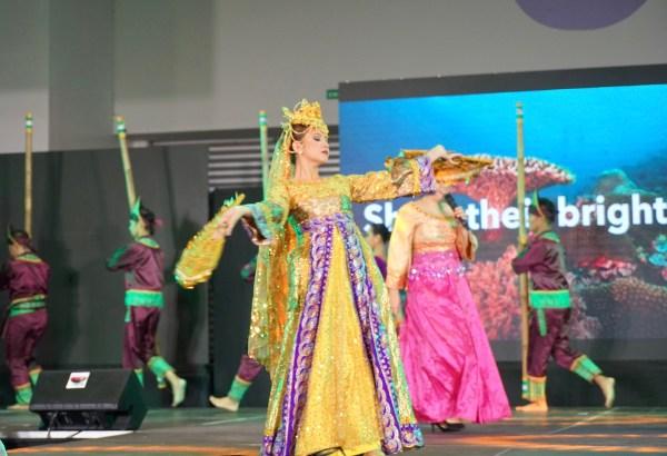 Singkil Dancers