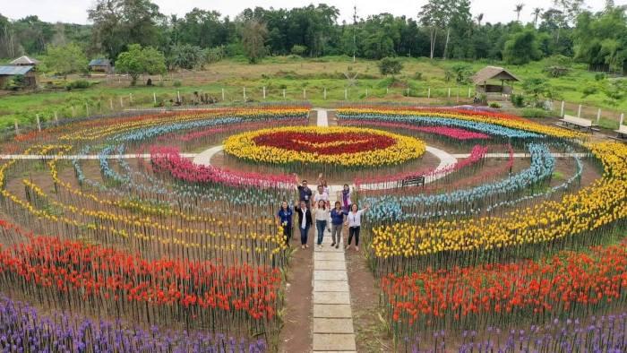 30,000 tulips made from upcycled plastic bottles in Lamitan Basilan photo via Lamitan LGU