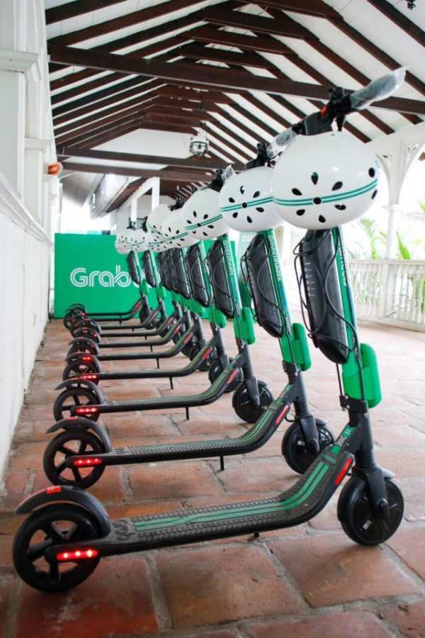 Grabwheels Scooter in Intramuros photo via DOT