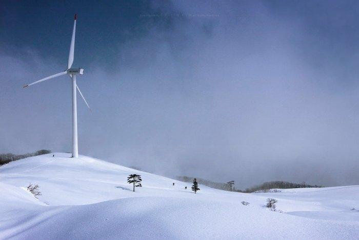 Seonjaryeong Winter photo by Scilla Kim via Flickr CC