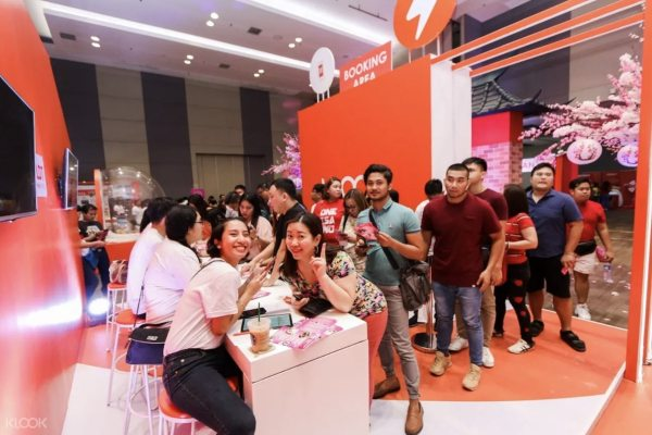 Smart teams up with KLOOK for KLOOK Travel Fest 2019 photo via KLOOK