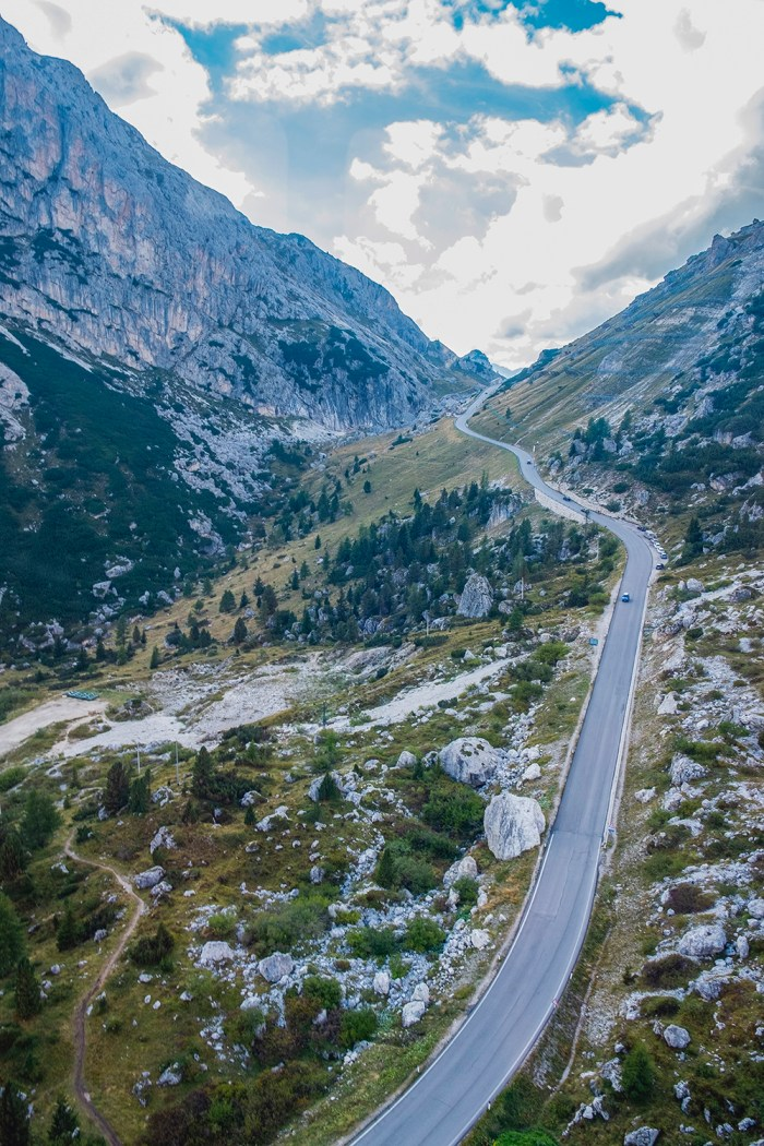 The highway threads its way through one of the Dolomiti passes.