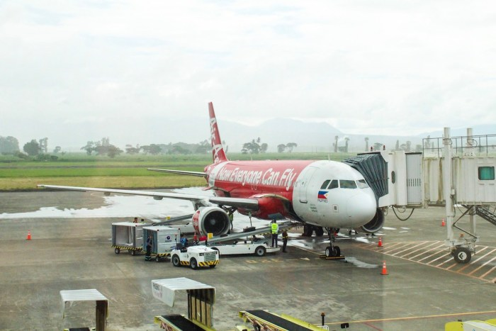 AirAsia Flight to Bacolod - Silay Airport