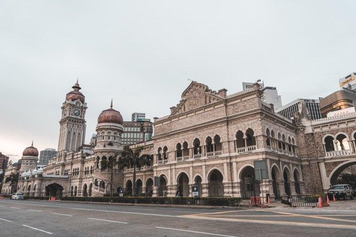 Best Kuala Lumpur Hotels photo by Boey Jun Hui via unsplash