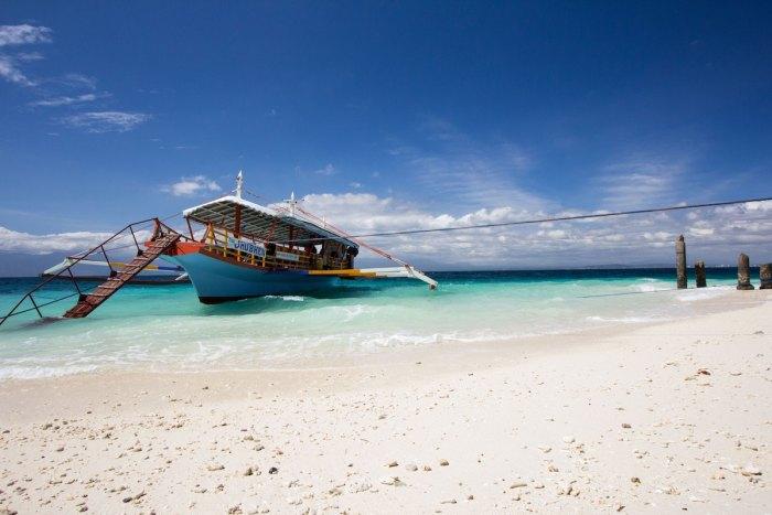 2020 Philippine Holidays photo by @nicric via Unsplash