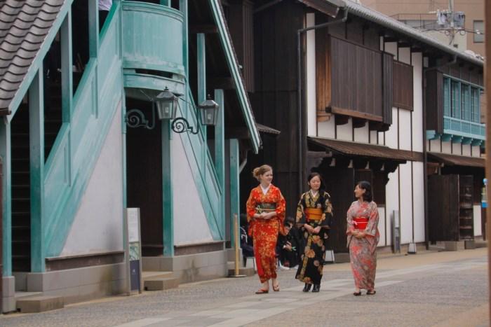 Dejima Kimono Experience Tour