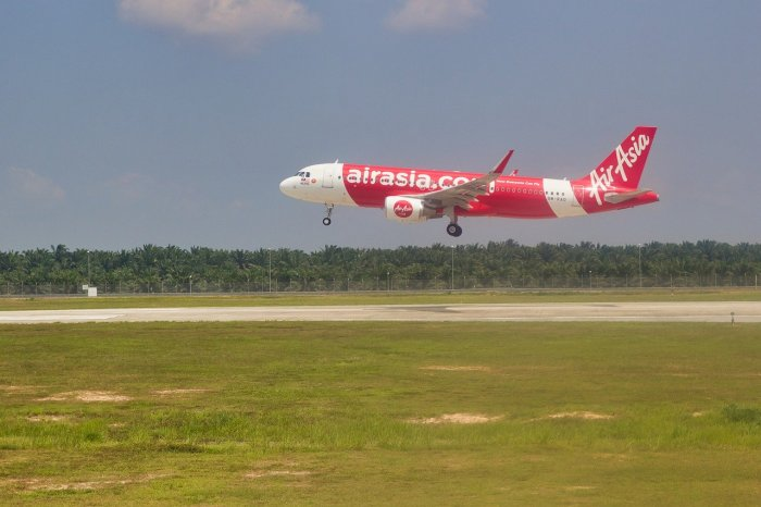 AirAsia announces resumption of domestic flights