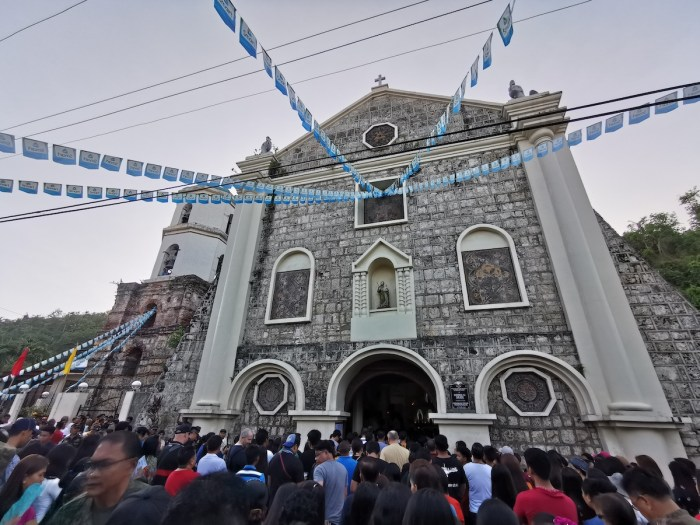 Locals attending the mass for Tonton