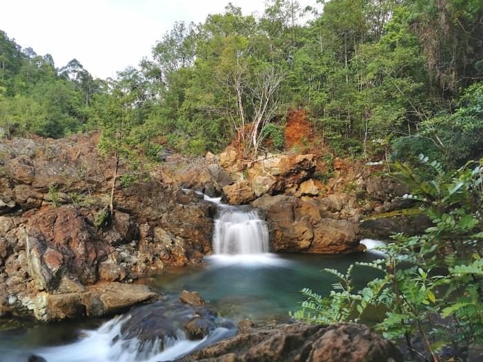 Dagubdob Falls