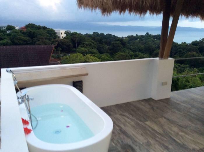 Bathtub on the rooftop