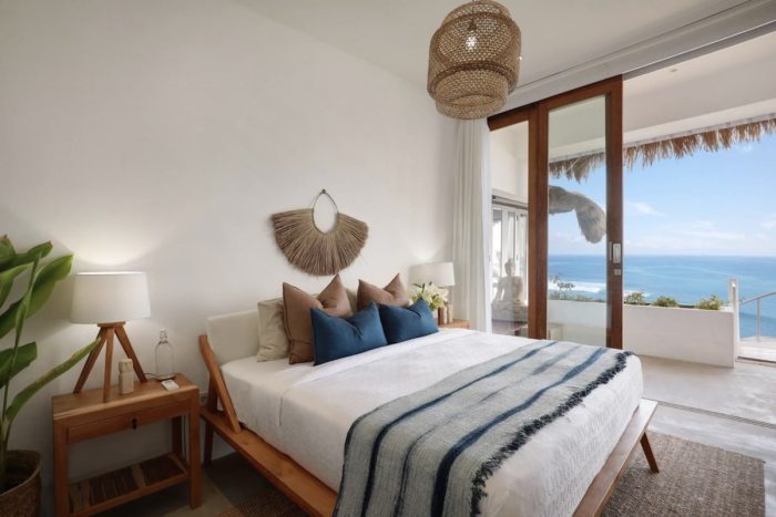 Beach front villa in Bali Airbnb