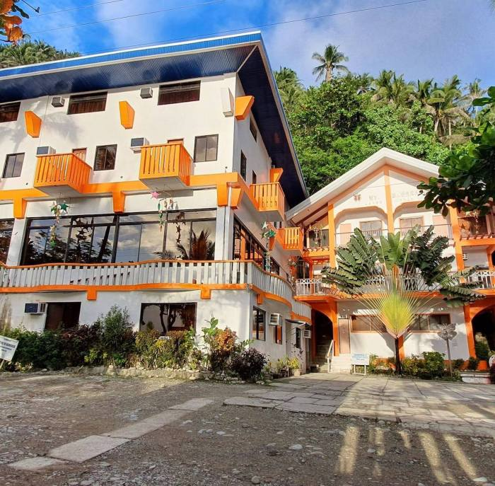 Mt. Bagarabon Beach Hotel