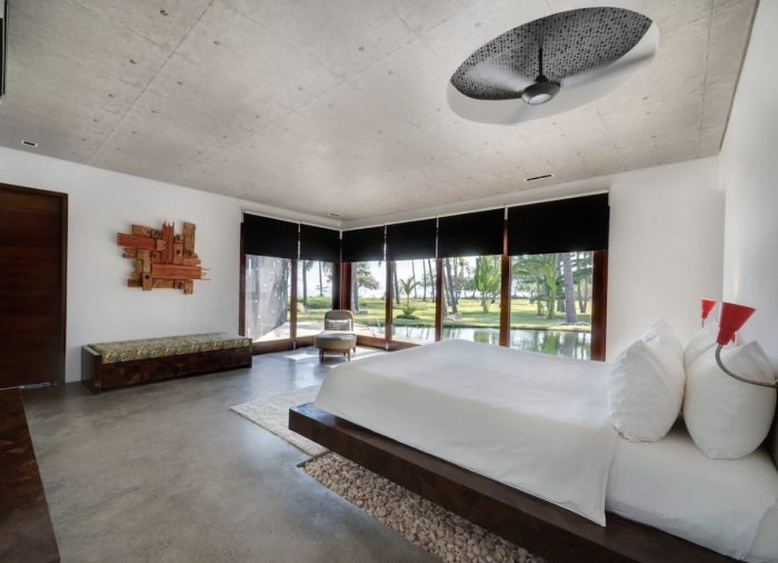 six-bedroomed Villa Sapi at Sira beach on Lombok