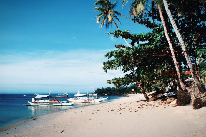 Best Beaches in Bohol by lorenz Narbs via Unsplash