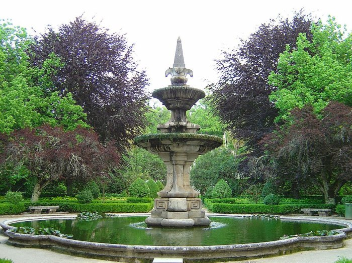 Botanical Garden of the University of Coimbra by Vitor Oliveira via Wikipedia CC
