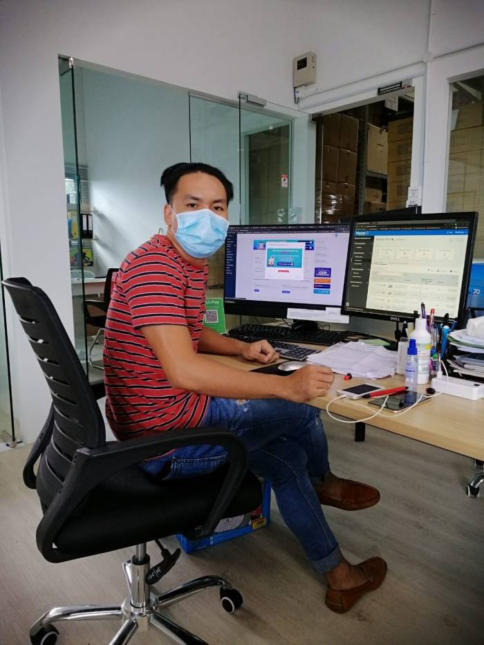 Cirilo Lemoneras, e-commerce executive at Viharbour, handles product marketing online. He continuously renders his work to enable people to purchase good online, a safer alternative to going out during these times.