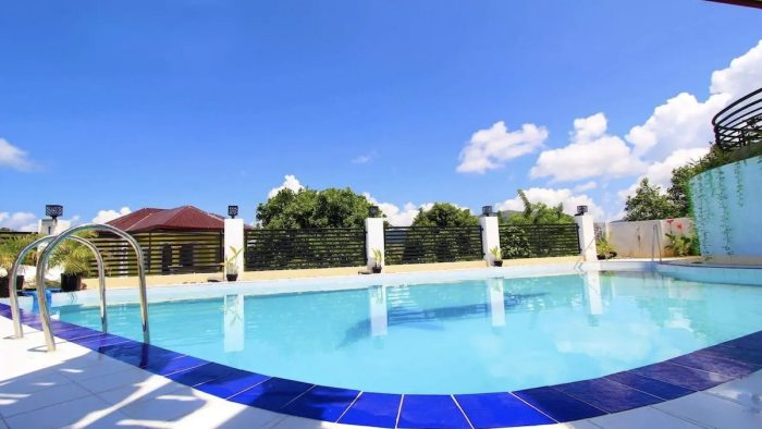Coron Airbnb with large swimming pool