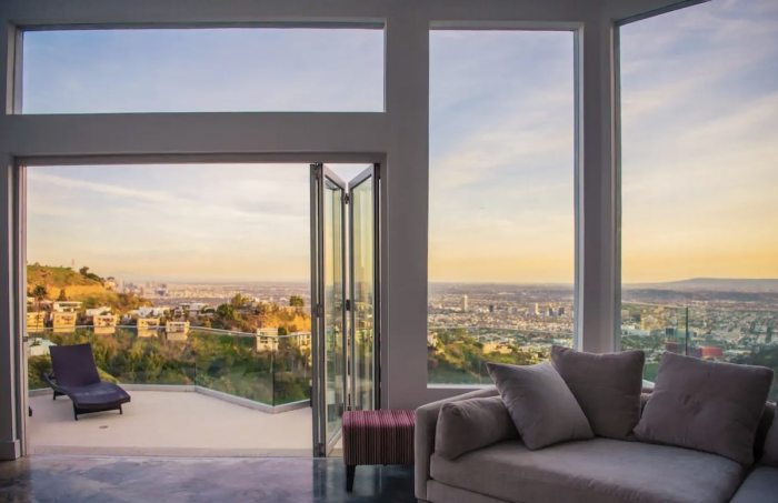 Hollywood Hills Vacation Rental with Fantastic View