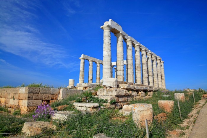 The ruins of the Temple of Poseidon photo via Depositphotos