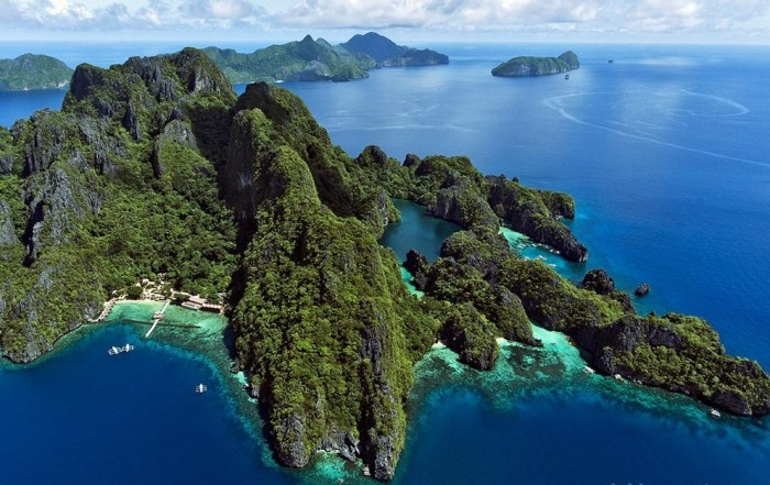 Big and Small Lagoons at Miniloc Island