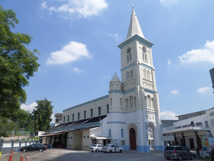 Church of the Immaculate Conception in Johor Bahru by Chongkian via Wikipedia CC