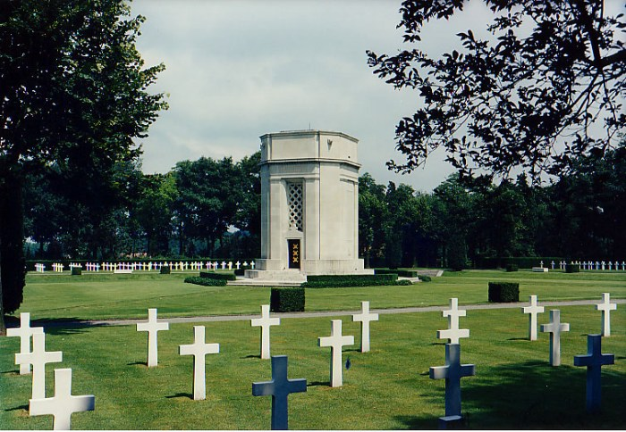 Flanders Field American Cemetery and Memorial via Wikipedia CC