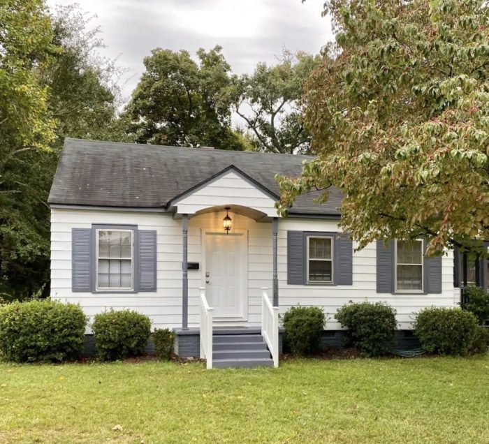 Charming Bungalow rental in Fayetteville NC