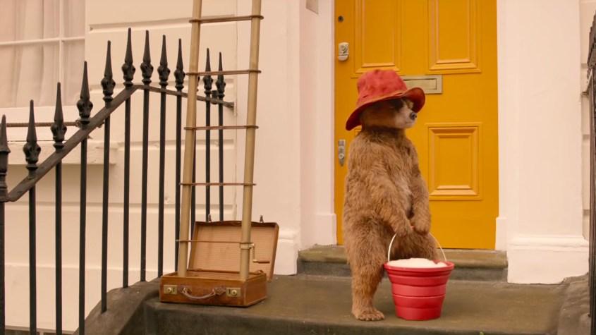 Paddington 2.Lavora lava vetri. OutOut magazine.jpg