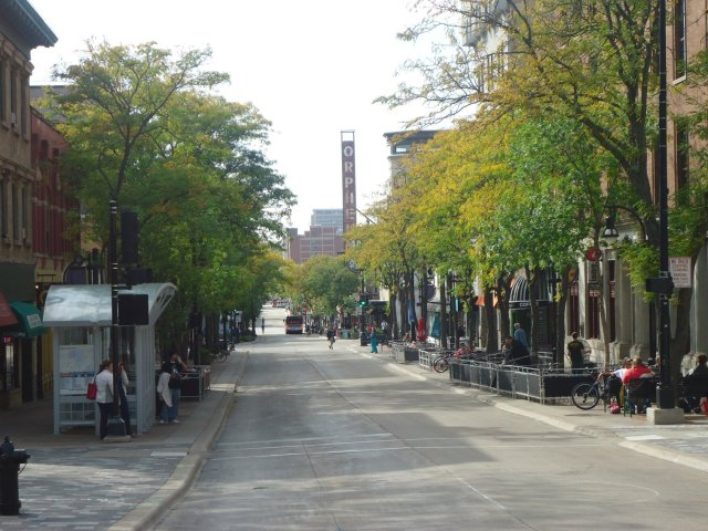 wisconsin-madison-state-street-afternoon