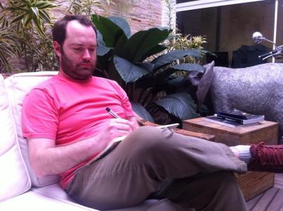 Meu nome é Otavio, tenho 37 anos, moro em São Paulo, e a literatura salvou minha vida.