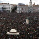 """Boaventura: """"a esquerda pode retomar as ruas"""""""