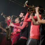 <i>Auê</i>: entre teatro, música, dança e circo